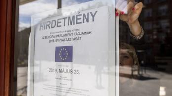 A héten minden településen kikerülnek az EP-választás plakátjai