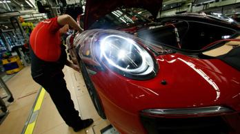 Továbbra is gyengélkedik a német autóipar