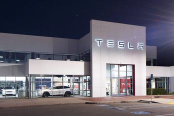 Meggondolta magát a Tesla