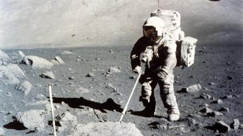 50 évre elrakott holdmintákat szed elő a NASA