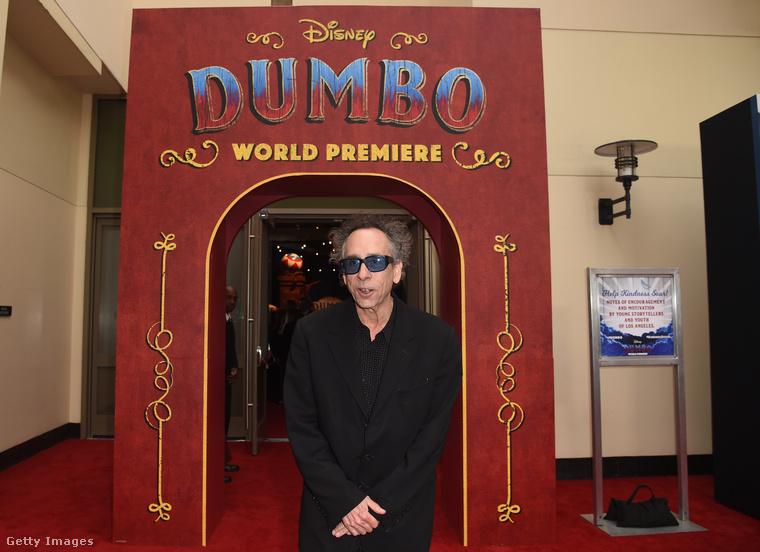 És a rendező, Tim Burton fotójával búcsúzunk ettől az eseménytől