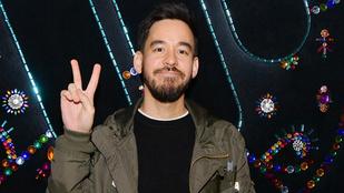 Megvolt a Linkin Park rapperének élete első paprikáscsirkéje
