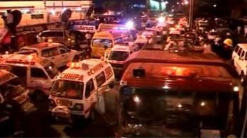 Újabb öngyilkos merénylet Pakisztánban