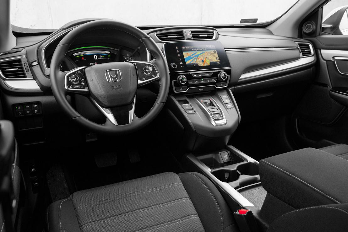 A Honda nagy erénye, hogy nem dizájnolták túl a szerelvényfalat (sem)