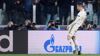 Ronaldo monumentális falloszt mutatva üzent Simeonénak
