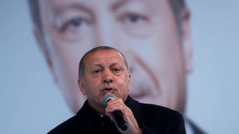 Erdogan gyerekgyilkosnak és tolvajnak nevezte Netanjahut