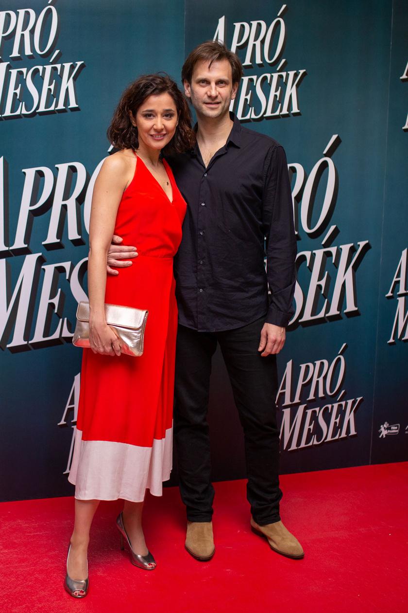 Gryllus Dorka és párja, Simon Kornél. A színésznő a Szász-Köbli alkotópáros Félvilág című filmjében szerepelt.