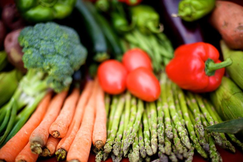 8 zöldség, ami egészségesebb főzve, mint nyersen