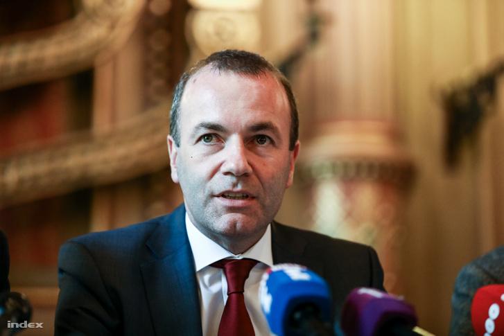 Manfred Weber, az Európai Néppárt (EPP) európai parlamenti frakcióvezetője, az EPP listavezetője a Mazsihisz székházában tartott sajtótájékoztatón 2019. március 12-én.