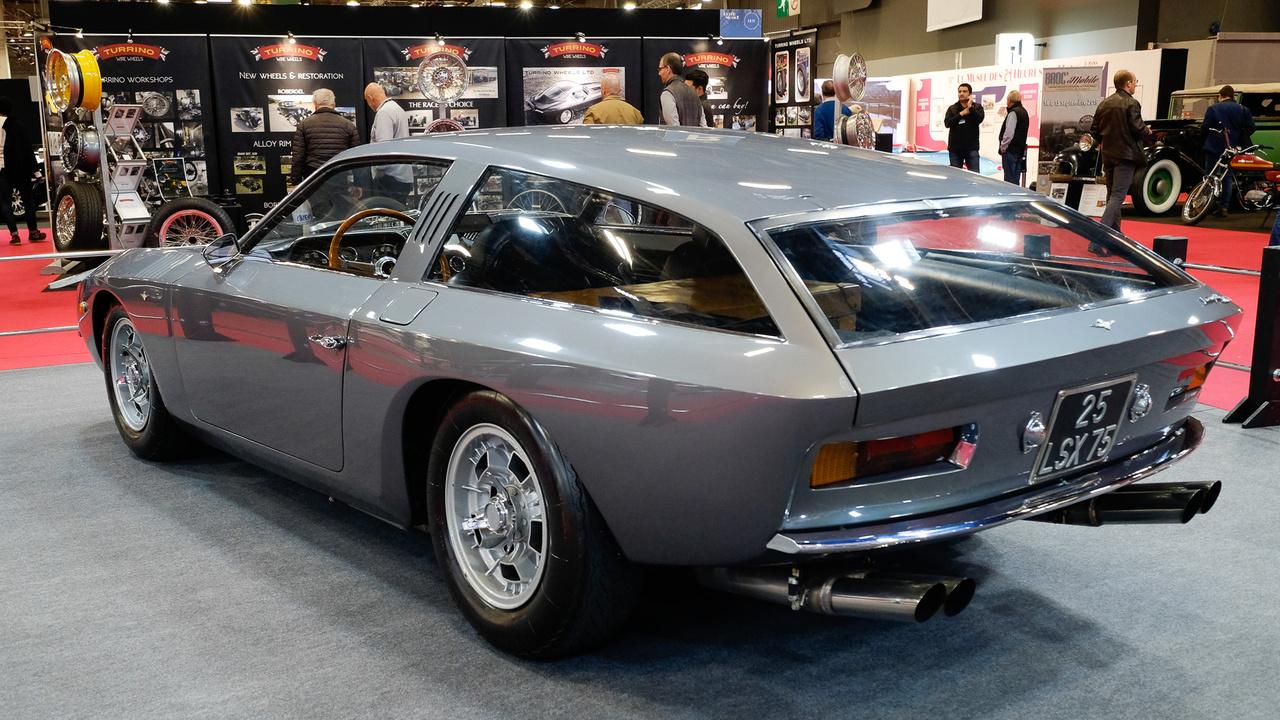 Egy másik nagy visszatérő az idei Rétromobile-on a Lamborghini 4000 GT Flying Star II volt, a Carozzeria Touring egyik legutolsó alkotása 1966-ból. Sokáig eltűntnek hitték, most került elő egy ismeretlen gyűjteményből, kiváló, megőrzött állapotban