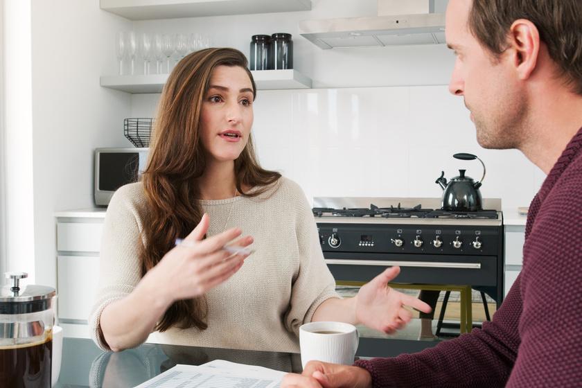 A legtöbben rosszul panaszkodnak - 4 hatékony módszer, amivel megérti a partner a problémát