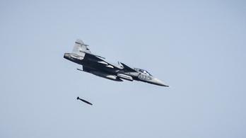 Először dobott bombát magyar légtérben egy honvédségi Gripen
