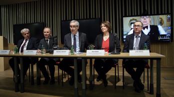 A CEU örül Manfred Weber kezdeményezésének, de garanciát vár a magyar kormánytól