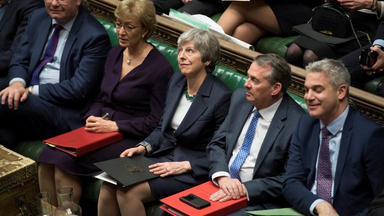 Brexit: a brit alsóház a kilépés elhalasztását kéri