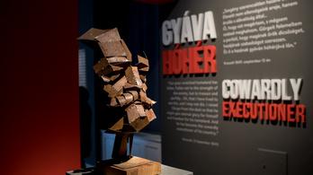 Gyerekkorunk fárasztó történelemóráit idézi a Görgei-kiállítás