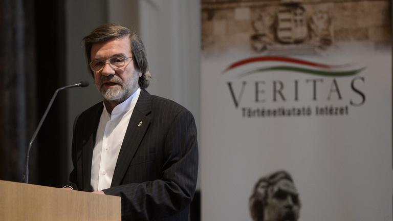 Nagykeresztet kapott Kónya Imre volt belügyminiszter