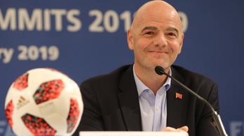 Tovább erőlteti a FIFA, hogy már Katarban 48 csapatos legyen a világbajnokság