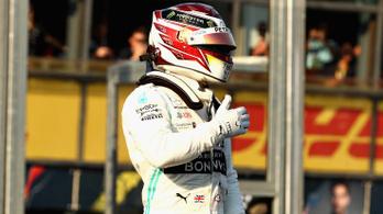 Hamiltoné az ausztrál pole, 7 tizeddel verte Vettelt