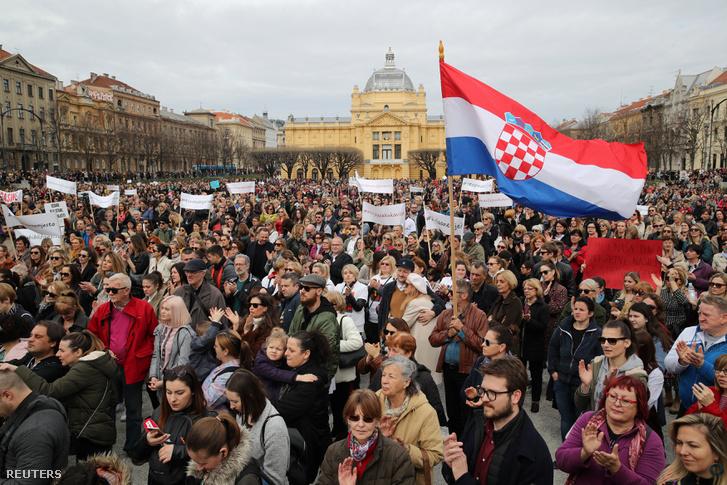 Tüntetés a családon belüli erőszak ellen Zágrábban 2019. március 16-án.