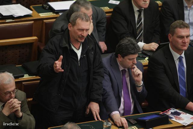 Gúr Nándor a parlamentben