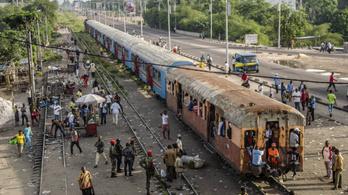 Potyautasok tucatjai haltak meg egy kongói vonatbalesetben