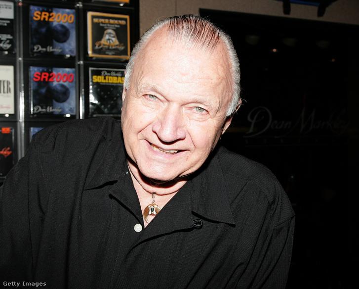 Dick Dale 2010-ben.