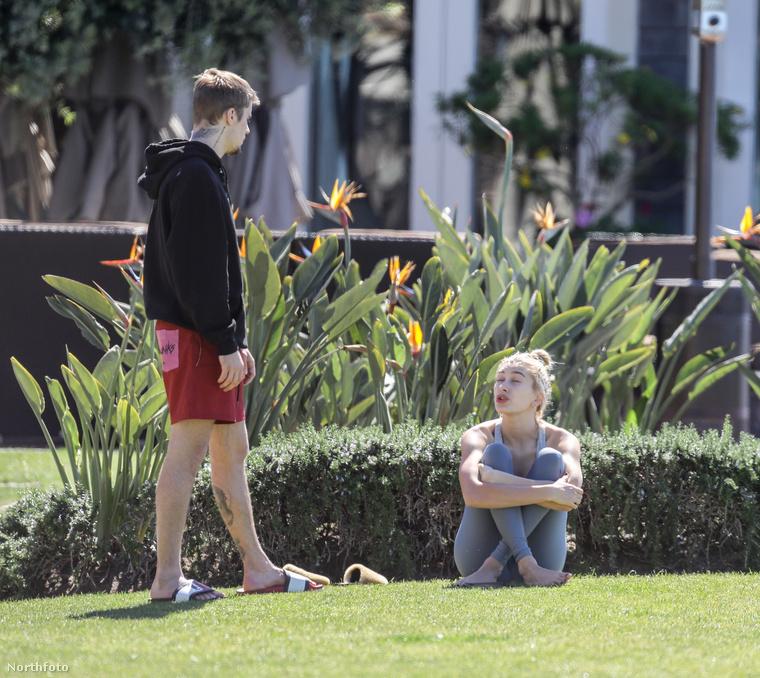 Az alábbi képek szerint egy kis házastársi civakodással telt Bieberék hétvégéje.