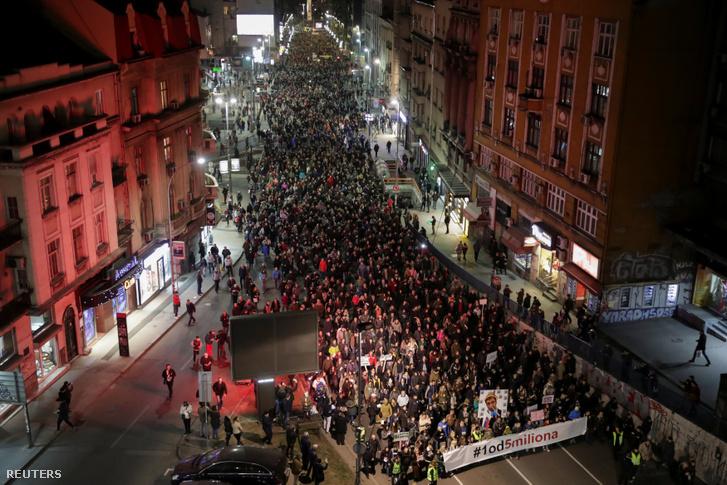 Tüntetés Belgrádban 2019. március 2-án.