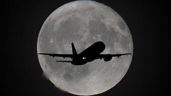 Heti hatszor menetrend szerinti szellemgép indult a Heathrow-ról Walesbe