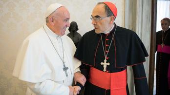 Nem fogadta el a pápa a pedofil ügyeket eltussoló bíboros lemondását