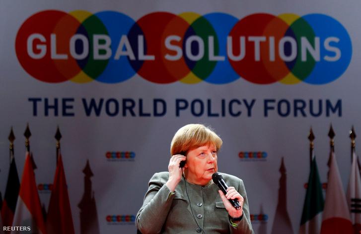 Angela Merkel a Global Solutions Summit nevű világpolitikai konferencia pódiumbeszélgetésén 2019. március 19-én.