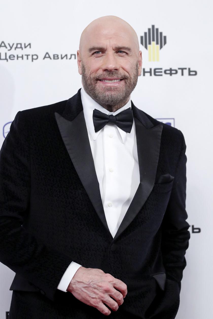 john-travolta-kopasz-bravo-music-awards-2019-nagy1