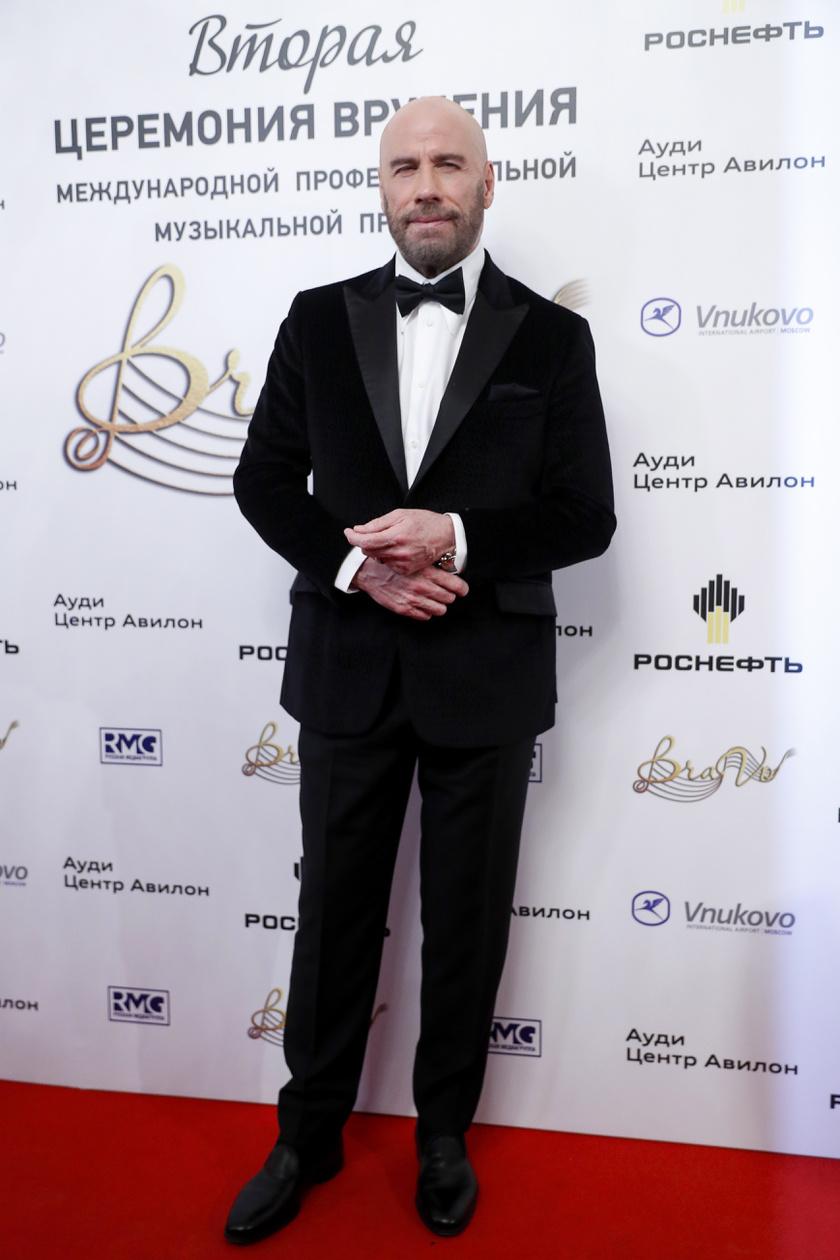 john-travolta-kopasz-bravo-music-awards-2019-nagy2