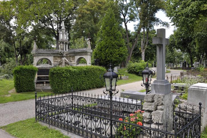 Zentralfriedhof sirok Foto SchaubWalzer PID