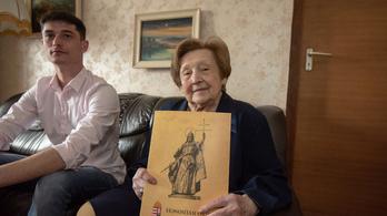 Százegy éves korában lett újra magyar állampolgár a magyartanárnő