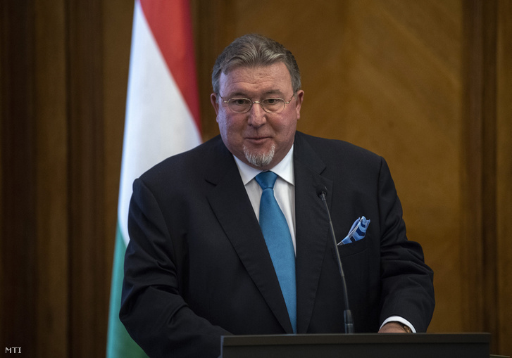 Nyikolaj Koszov, a Nemzetközi Beruházási Bank (International Investment Bank, IIB) elnöke beszédet mond a pénzintézet új európai regionális irodájának Magyarországra hozataláról szóló szándéknyilatkozat aláírása után a Pénzügyminisztériumban 2018. június 18-án.