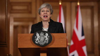 Theresa May: Az emberek belefásultak a csatározásokba