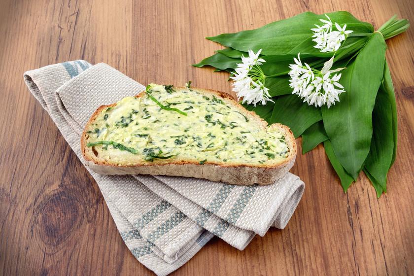 Szuper medvehagymás szendvicskrém villámgyorsan: ezt kend a kenyeredre