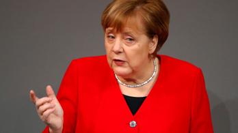 Merkel: Lehet szó a brexit rövid halasztásáról