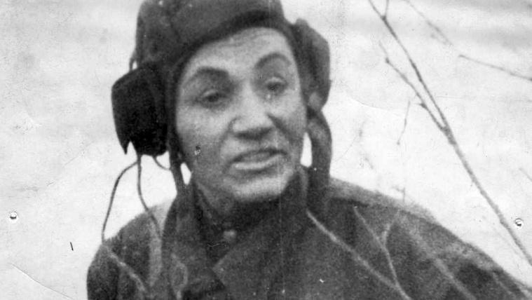 Megölték a férjét, vett egy tankot, hogy bosszúból nácikra vadászhasson