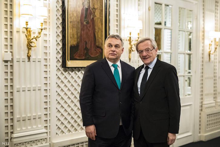 Orbán Viktor miniszterelnök (b) és Wolfgang Schüssel korábbi osztrák kancellár találkozója Bécsben a Sacher kávéházban 2018. január 30-án