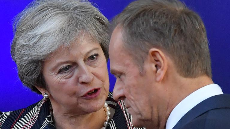Az EU döntött: hajlandó elhalasztani a brexitet