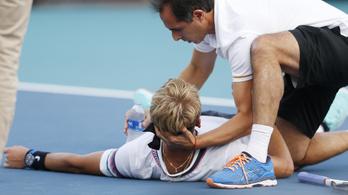 Kétórányi játék után az egész teste görcsbe rándult, arccal esett a földre