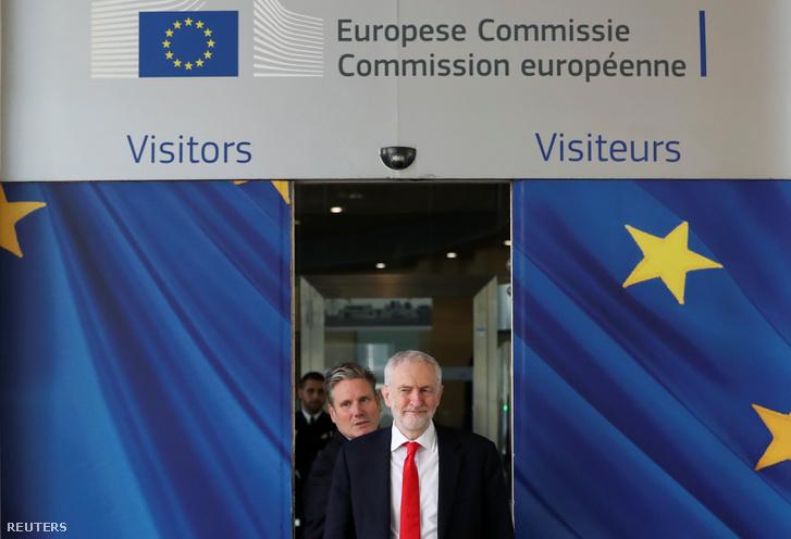 Jeremy Corbyn, brit ellenzéki Labour Party vezetője érkezik Michel Barnier, az EU brexit-főtárgyalójával megrendezésre kerülő tárgyalására Brüsszelben 2019. március 21-én