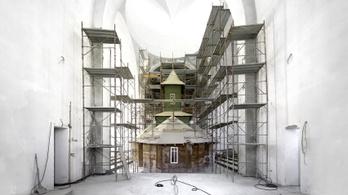 Minden második nap átadnak egy ortodox templomot Romániában