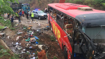 Összeütközött két busz Ghánában: legalább 60 halott