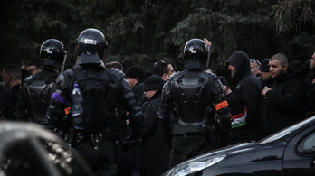 Tizenegy szurkolót állítottak elő a szlovák-magyar futballmeccsen