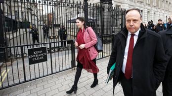 Északír unionisták: Kiábrándító és megbocsáthatatlan kudarc Maytől
