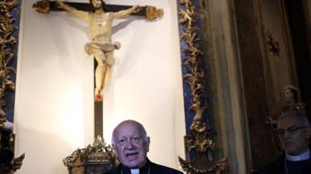 A pápa elfogadta a molesztálási botrányba keveredett érsek lemondását