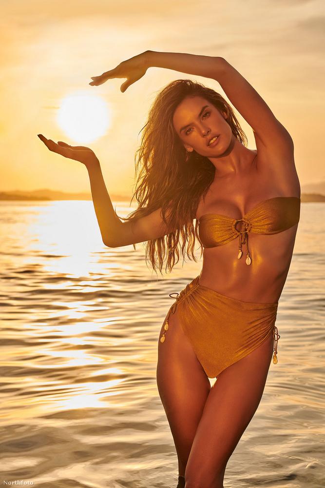Egyszerre reklámoz és művészkedik, amint az a tenyérrel körbe ölelt Nap kompozíciójából látszik.